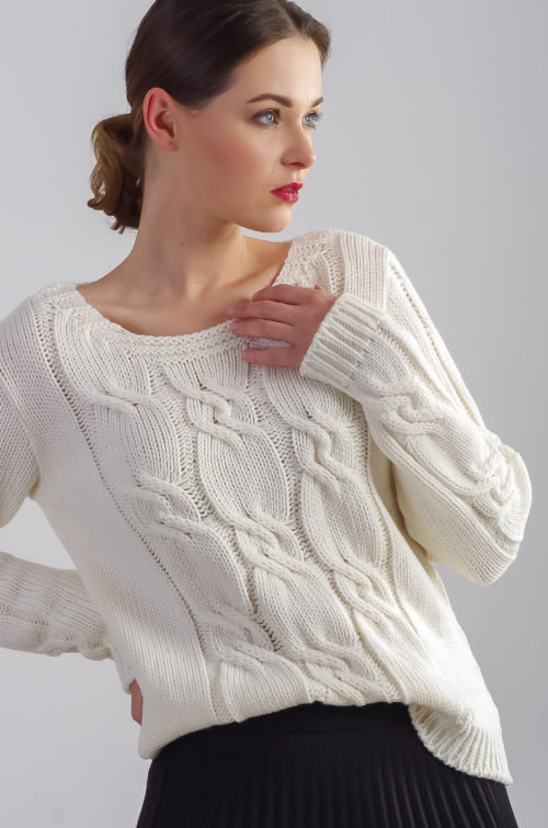 beeanddonkey sweter warkocz ecru