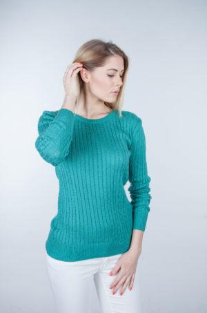 Sweter w drobne warkocze zielony
