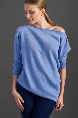 Sweter asymetryczny błękitny
