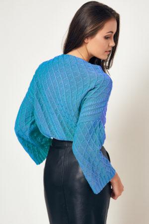 Półgolf niebieski marki BEE & DONKEY Knitwear. Dzianina.